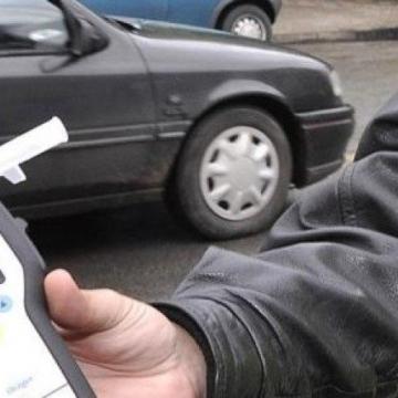 Задържаха кюстендилец да шофира с рекордните 3, 30 промила алкохол