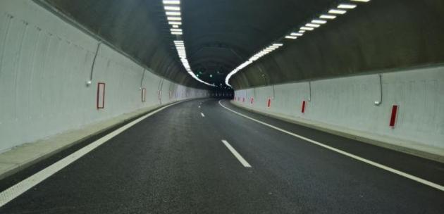 """Ограничава се движението в тунел """"Големо Бучино"""" на АМ """"Струма"""""""
