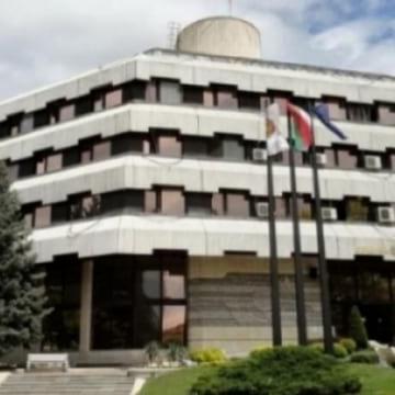 Община Дупница започва поетапен ремонт на детските съоръжения