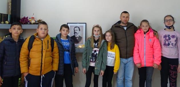 """""""Маша и Мечокът"""" на маратон по четене в Самораново"""