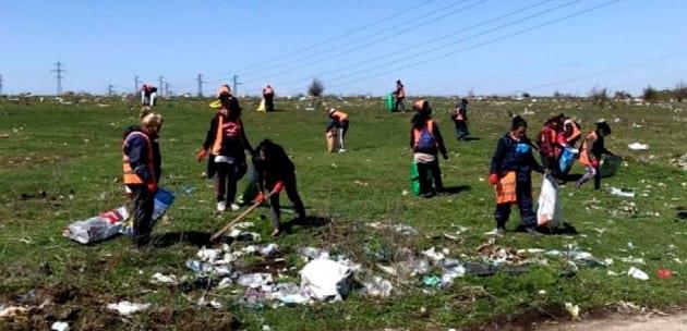 "Започна почистване на Вълча поляна над жк ""Бистрица"""