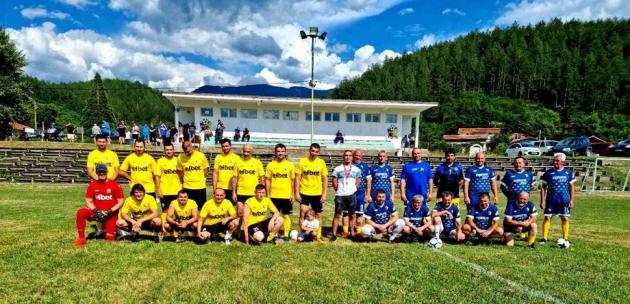 Европейски футбол и ценности показаха кандидат-депутатите от коалиция ГЕРБ - СДС в с. Джерман