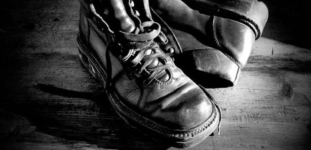 20 чифта обувки открадна кюстендилец от стълбищна площадка