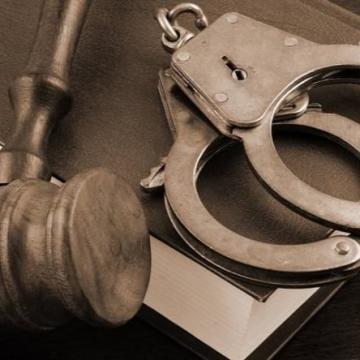 """6 месеца """"лишаване от свобода"""" за мъж извършил грабеж в Дупница"""