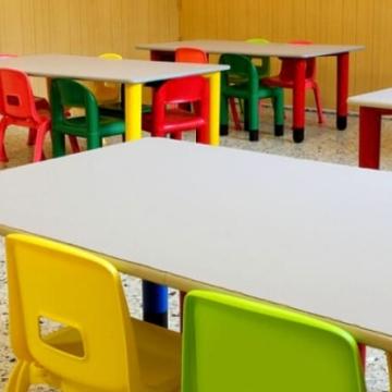 Да бъдат извинени отсъствията на децата от предучилищните групи, предлага кметът на Дупница в писмо  до министър Денков