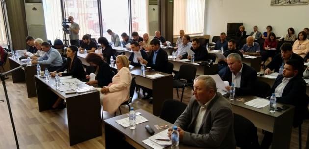 Решено: Община Дупница тегли 500 000 лева кредит