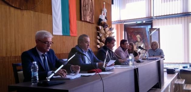 """Темата """"образование"""" скара общинските съветници в Дупница като за последно"""