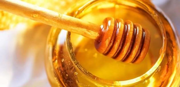 Освещават 1400 бурканчета с мед в Дупница