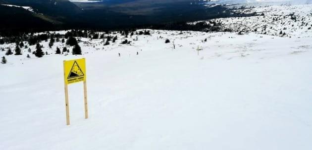 Сигнално жълти табели алармират за лавини в района на Езерата