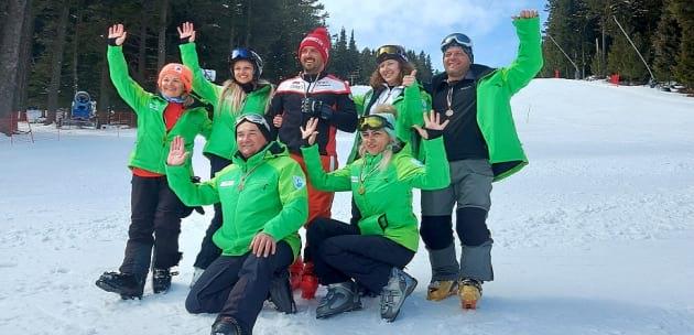 """Спортен клуб """"Мастерс""""- Сапарева баня обра медали и купи на Държавното първенство по ски в Осогово"""