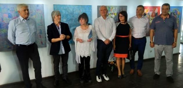 Световноизвестен художник дарява картина на родния си град Дупница (+АУДИО)