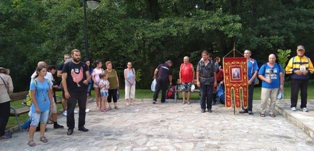 Дупница посрещна шествието по пренасяне мощите на Св. Иван Рилски (+АУДИО)